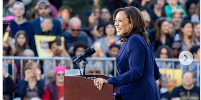 Kamala Harris Is Being Sworn in With Two Bibles for This Sentimental Reason