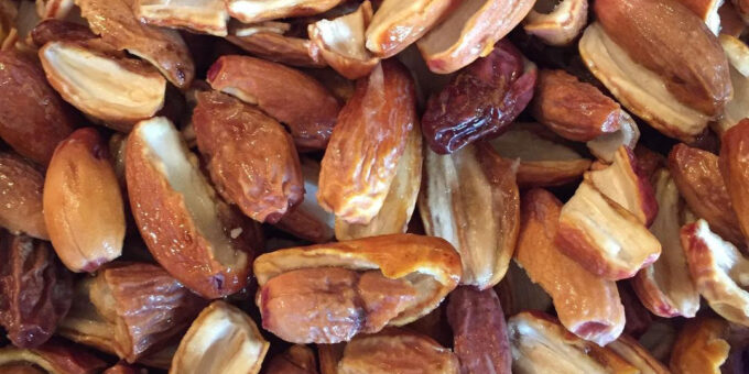 Benefits of dates with milk at night & morning: what are the Benefits of eating dates with milk?