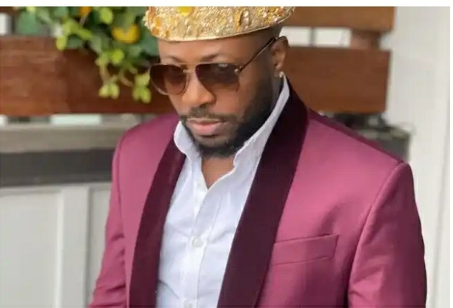 Tunde Ednut Calls Out Nigerian Police For Always Arresting Yahoo Boys & Leaving Politicians