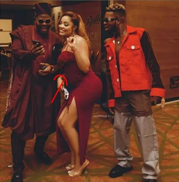 'Ozo's Baby On The Way' – Fans React After Seeing Nengi's Stomach In Latest Photo