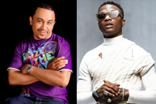 """""""The Real Devil Is Your Pastor, Not Wizkid,"""" -Daddy Freeze Replies A Fan Who Called Wizkid The Devil"""