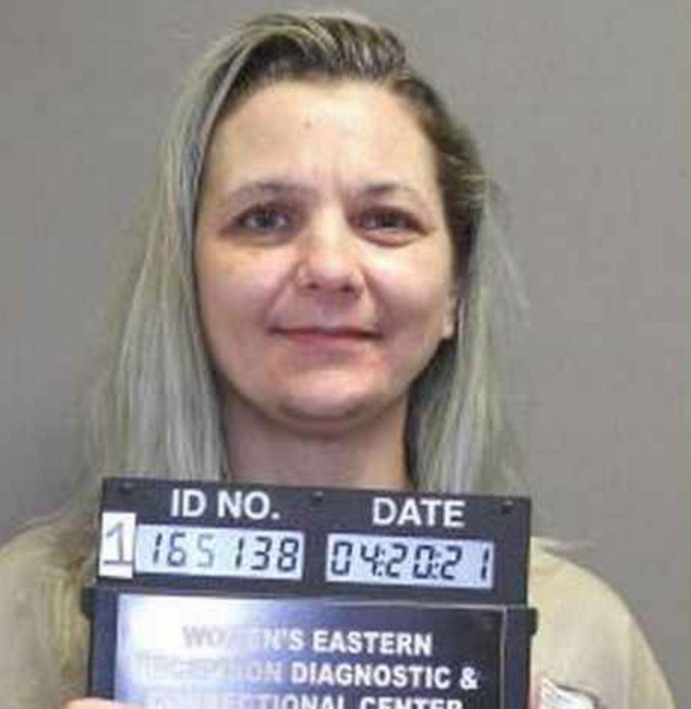 Female Prisoner Hides Fully Loaded Gun Inside Her honeypot And Smuggles It Into Jail