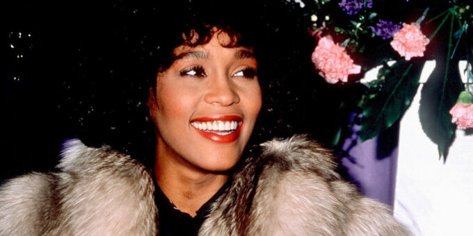 Whitney Houston bio; net worth, death, children, daughters, songs, movies