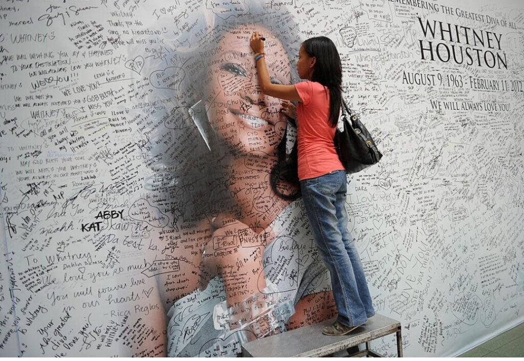 Whitney Houston bio; net worth, death, children, daughters, songs, movies