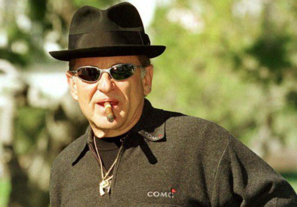 Joe Pesci bio; net worth, daughter, house, age, height, movies, where is he now?