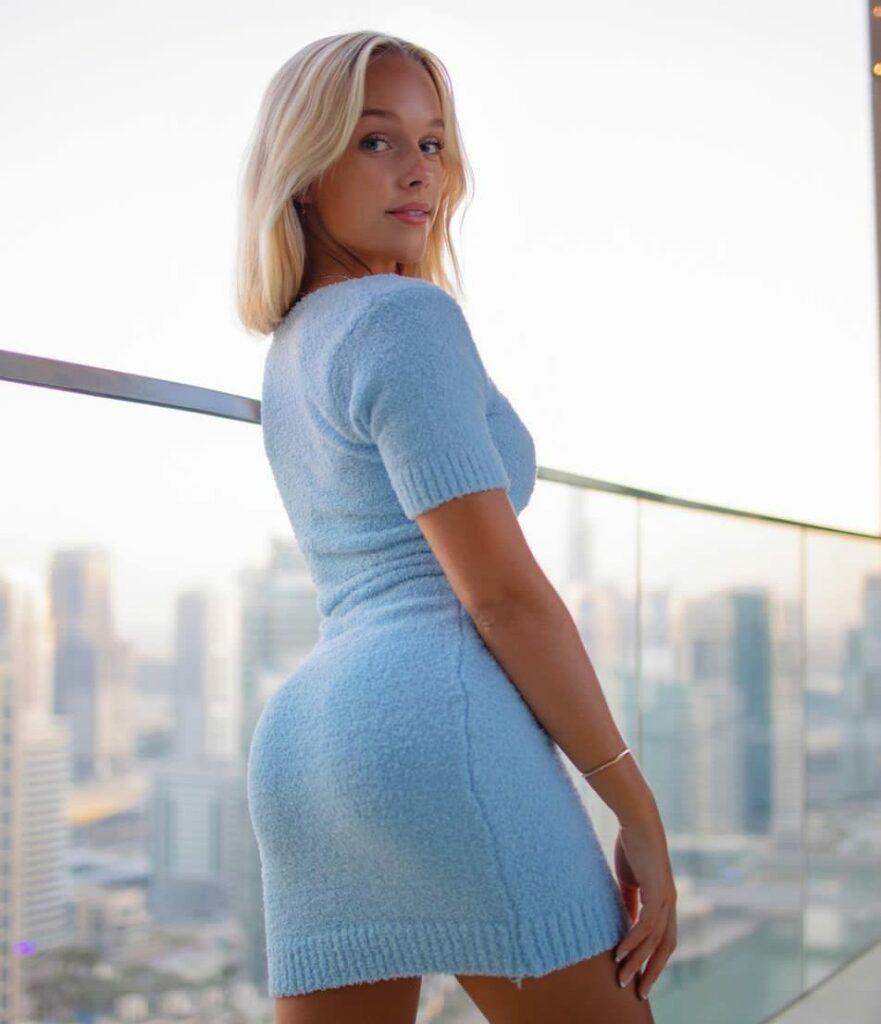 Estelle Berglin Bio: net worth, boyfriend, age, wiki, ig, Julius Dein's girlfriend