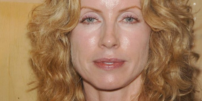 Julianne Phillips today 2021: biography, net worth, husband, age, Bruce Springsteen ex wife?
