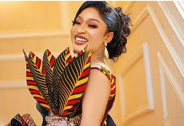 You Need To Apologize For Misleading Young Women – Lady Tells Actress Tonto Dikeh