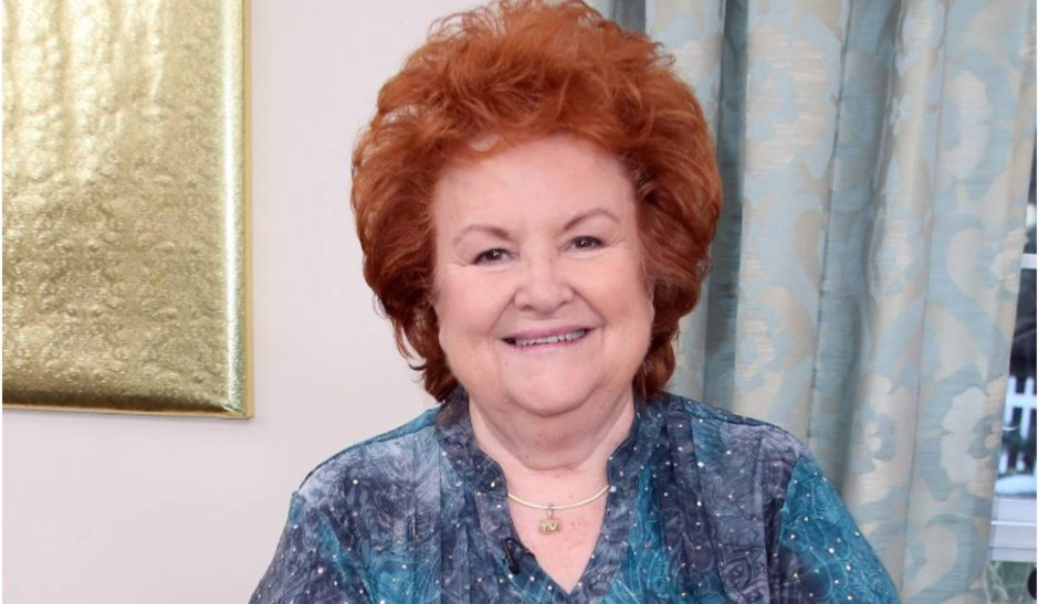 Cathy Mitchell Bio, Age, Husband, Net Worth, Cookbooks,Dump Dinners
