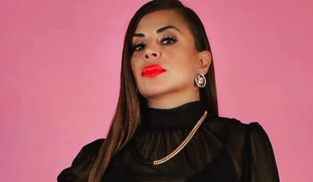 Elida Reyna Duele: Bio, Wiki, Age, Height, Husband, Daughter, Luna Llena, Y Avante, Songs and Albums