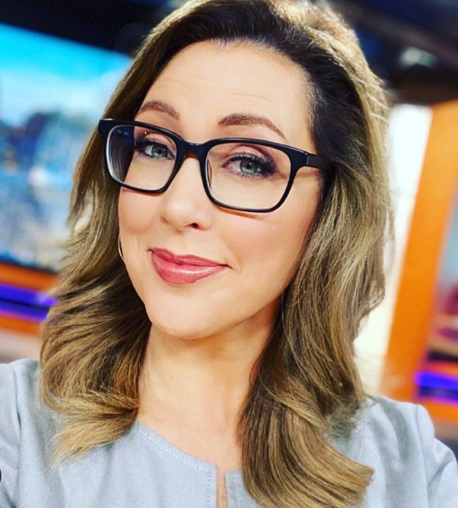 Alicia Smith Bio, Wiki, Age, Height, Husband, Salary, Net worth and WXYZ Channel 7