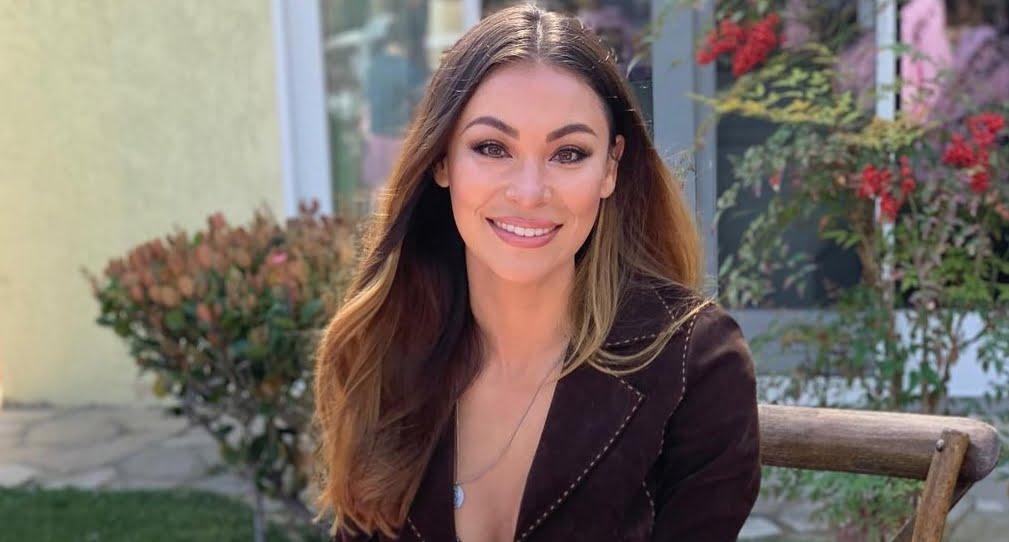Alicia Summersà Bio, wiki, age, net worth, Birthday, height, family, nationality, UCSD, CBS 8, KFMB, husband, wedding, Salary