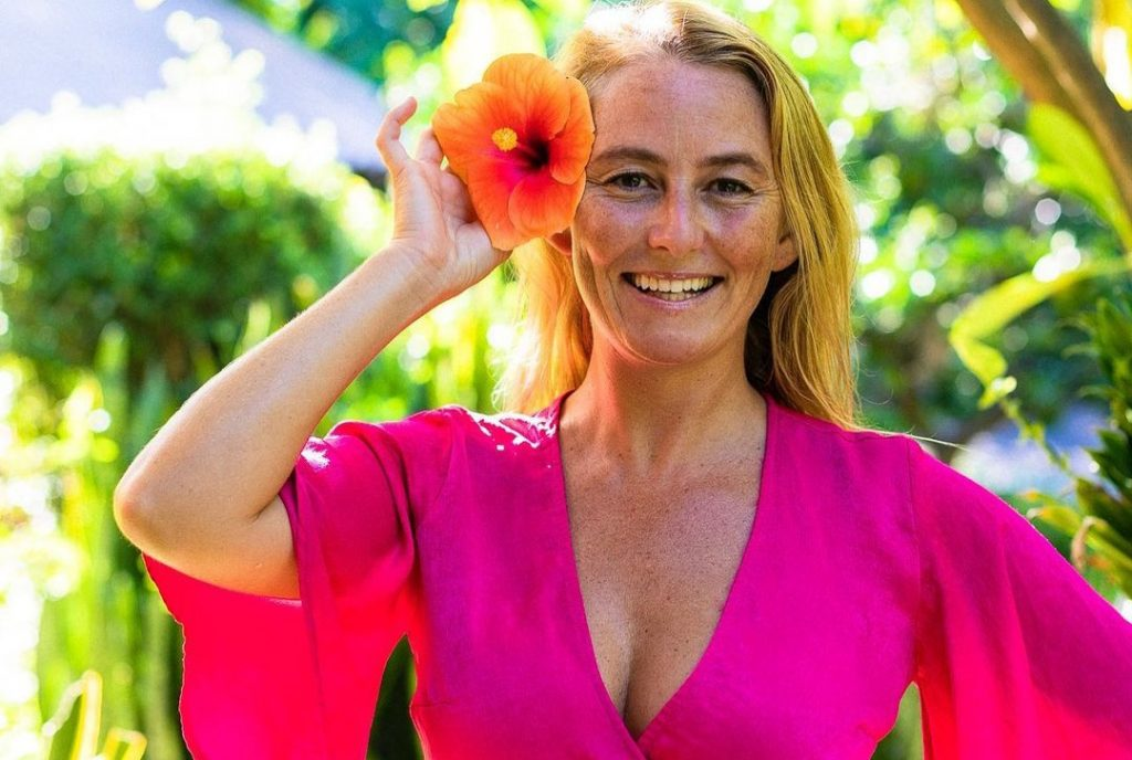 Alison Teal (Naked and Afraid) Bio, net worth, Wiki, Age, Height, Birthday, Parents, Husband, Married, Paris Catacombs