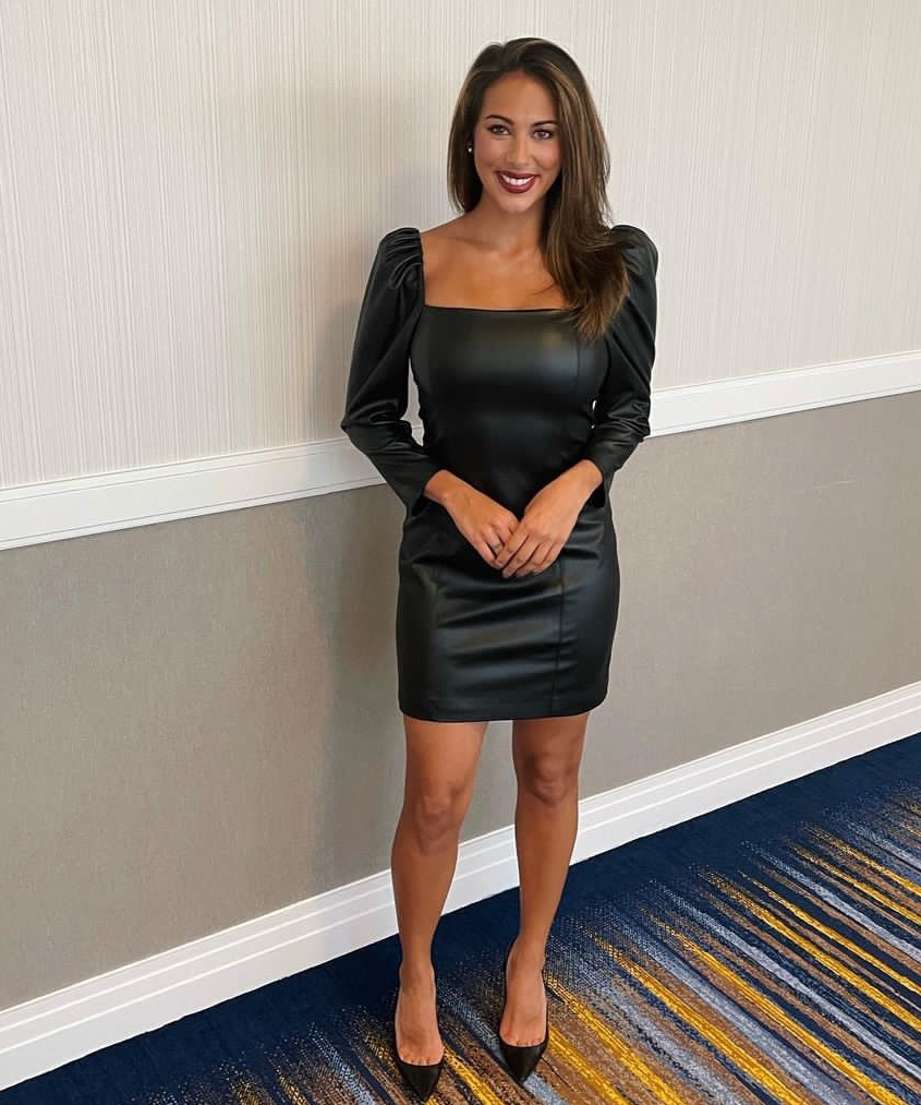 Alyssa Taglia (WTNH) Bio, wiki, age, net worth, height, Parents, husband, pregnant, Salary, wedding