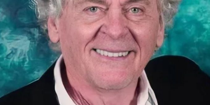 Daniel Davis Actor Bio, Wife, The Nanny, Net Worth, Spouse, Movies and tv shows, still alive?