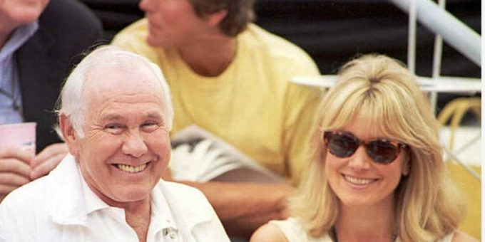 Alexis Maas now today 2022: pictures, age, Where is Johnny Carson's ex-wife, after husband's death? Wiki: Net Worth